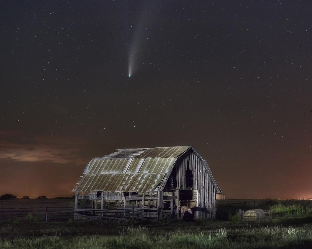 NEOWISE Dreamscape