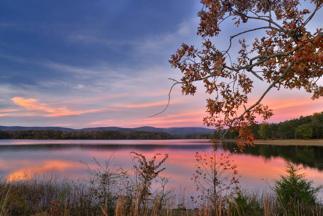 Sunet at Lake Wilhilmena, AR